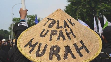 SE Menaker Tentang Penundaan UMP 2021 Merugikan Buruh Perempuan