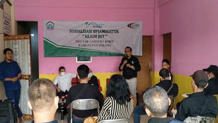 Serikat Buruh GARTEKS Serang Fasilitasi Sosialisasi JHT