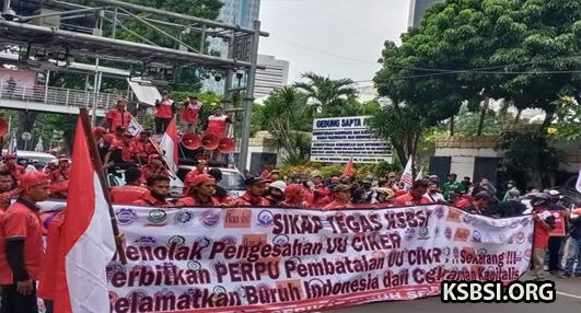 Sekjen KSBSI: Buruh Dibohongi, Kami Siapkan Langkah Judical Review UU Cipta Kerja
